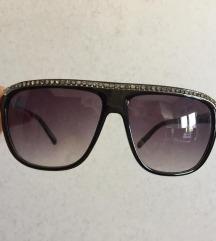 Sončna očala s kamenčki