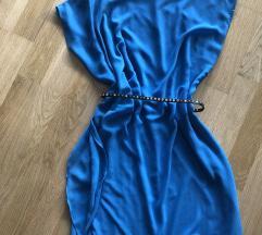 Modra satensta obleka