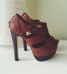 Sandali rjavi, petke