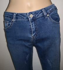 Jeans hlače večji