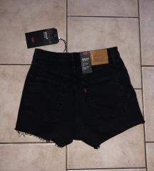 LEVIS kratke hlače (mpc 60€)