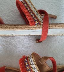 Aztec zelo udobni sandali