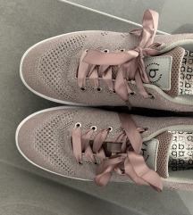 bugatti čevlji