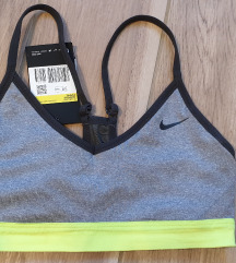 Nike top Novo