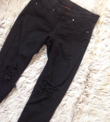 h&m ripped knee cropped jeggings