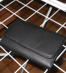 NOVA denarnica s oliver