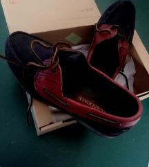 Usnjeni semiš nizki čevlji