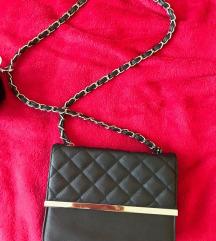 Manjša črna torbica