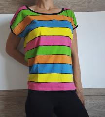 Črtasta mavrična majica