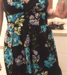 Rožasta poletna obleka