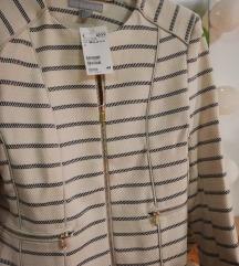 Črtasta jaknica z etiketo