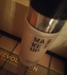 Nov makeup puder