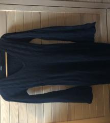 Črna pletena kvalitetna obleka
