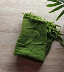zelen večji šal