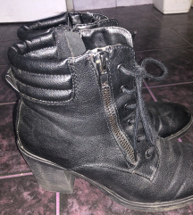 Prodam čevlje