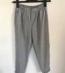 Bershka paperbag/smart hlače