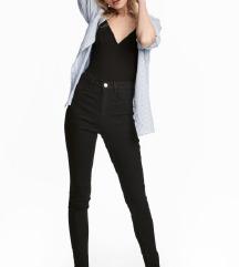 IŠČEM H&M črne hlače high waist