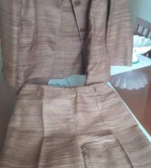 Ženski kostum- hlačni
