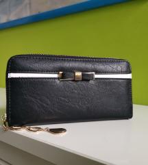 Črna denarnica z mašnico