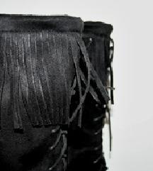 Črni semiš škornji 37 NOVO