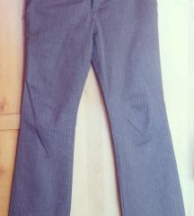Elegantne rjave hlače št 38