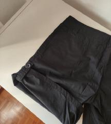 Črne kapri oz kratke hlače /NOVE