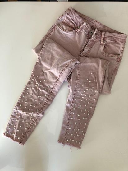 Roza hlače s perlicami