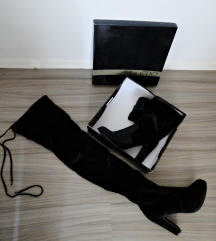 Škornji z visoko peto / črni / žametni