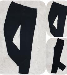 C&A črne jeans hlače  STRAIGHT LEG št. 40