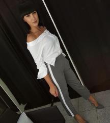 Sive dressy hlače z belo črto