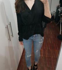 Nova črna majica