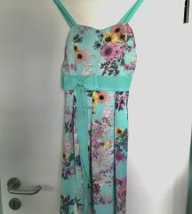 Turkizna obleka z rožastim vzorcem