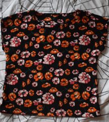 majica z rožami