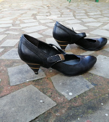 FIRETRAP št. 37 pravo usnje čevlji