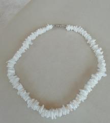 Nežna ogrlica