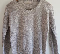 Krajši siv pleten puloverček