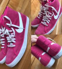 Copati Nike- orig., prisli okoli 100e