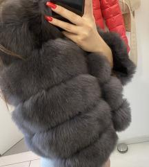 zimska jakna s pravim krznom