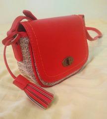 Poletna rdeča torbica