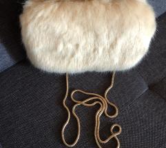 Marciano faux fur clutch torbica