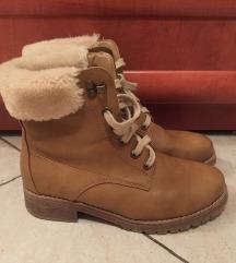 Ženski topli zimski čevlji št.39
