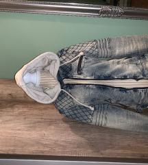 jeans jakna s kapuco