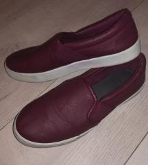 Bordo , vinsko rdeči usnjeni čevlji SLIP ON TRN