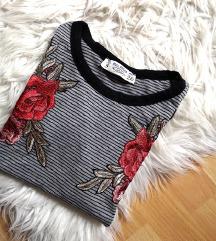 Nova majica z našitki pull&bear RAPRODAJA
