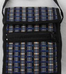 Barvna nova torbica