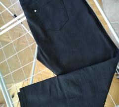 Elastične slim hlače
