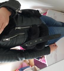 Podlozena usnjena jakna s krznom znižana cena