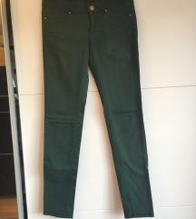 Zelene hlače Bershka 36