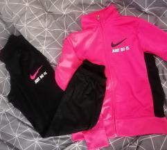 Pink Nike original trenirka