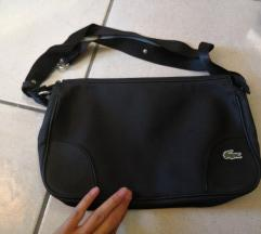 Prodam črno Lacoste torbico